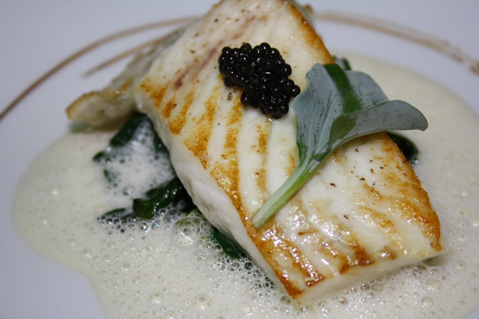 filet de turbot, caviar et huitre végétale - L'antre Gourmand