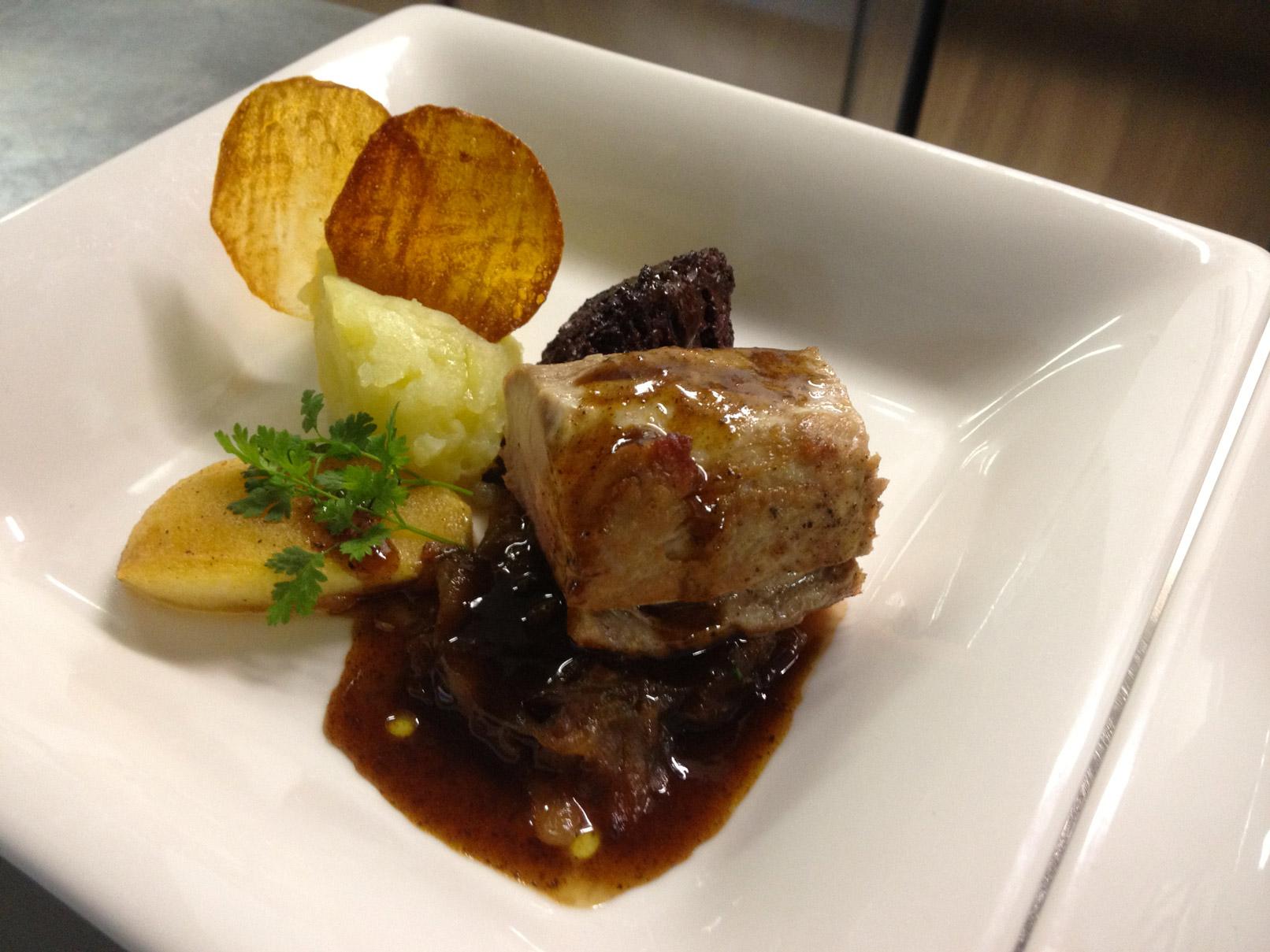 filet mignon de porc, boudin noir et pommes - L'antre Gourmand