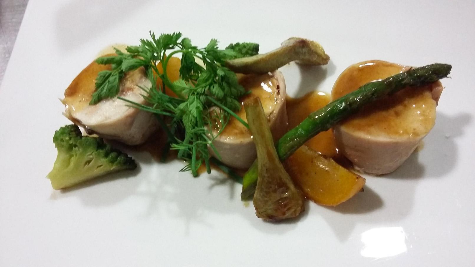 Rable de lapin farci et petits légumes - L'antre Gourmand