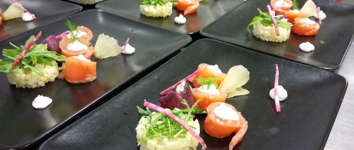 Sashimi de truite au sel, mousse au citron vert et tartare de fenouil et pomme verte - L'antre Gourmand