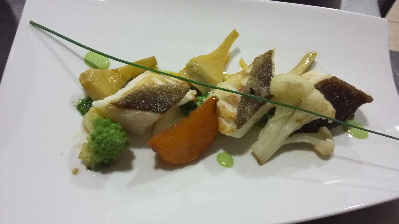 Dos de cabillaud et petits légumes - L'antre Gourmand